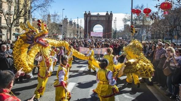 panoramica-del-desfile-del-ano-nuevo-chino-1455379083818