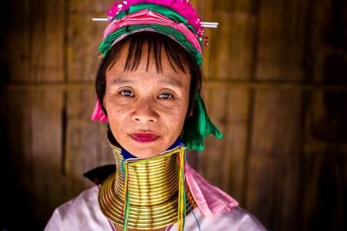 Mujer-Jirafa